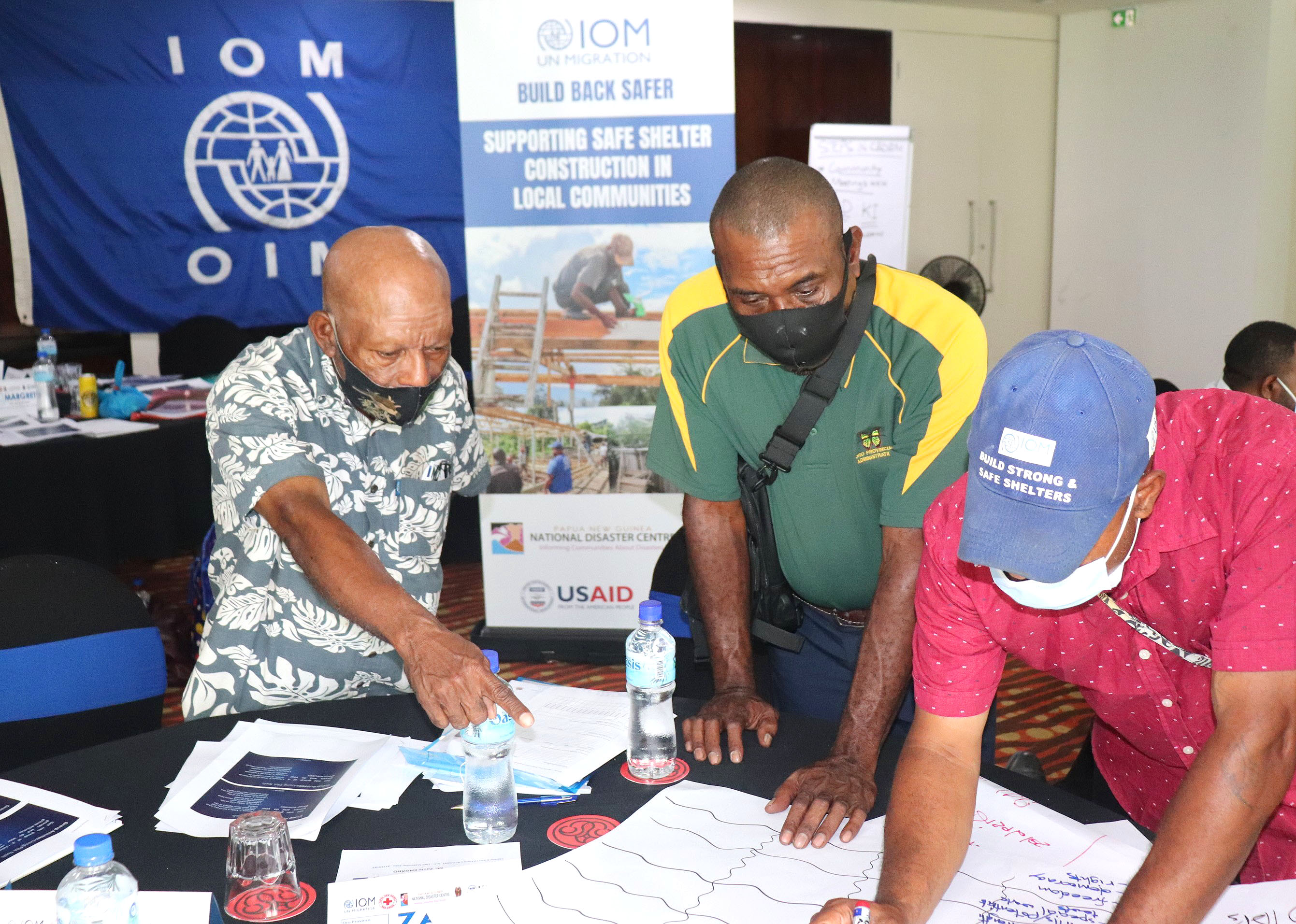 Provincial Disaster Coordinators participating in the IOM facilitated training.